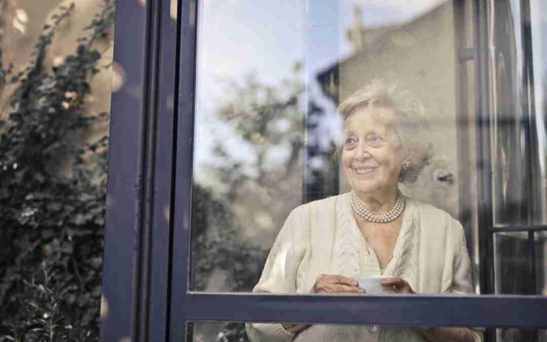 Solitudine: la nemica invisibile degli anziani